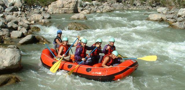 Водный туризм: популярные виды отдыха в России