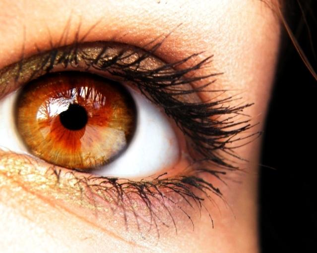 Статистика глаз: распространение по странам и связь с характером