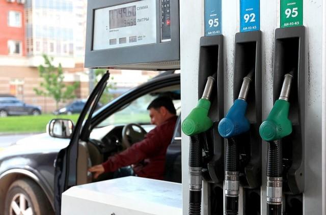 Почему растут цены на бензин: объяснения экспертов