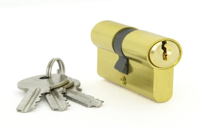 Продажа сейфов: как создать магазин с собственными изделиями