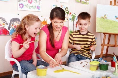 Как заработать в декрете, не выходя из дома молодым мамам