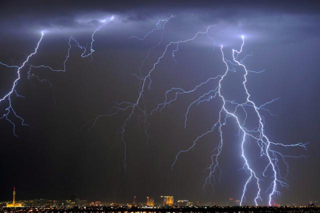 Статистика молний: как часто погибают или травмируются люди