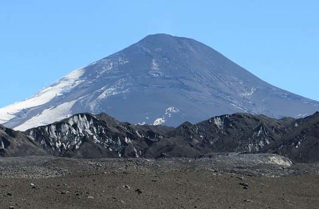 Статистика извержений вулканов: причины и последствия